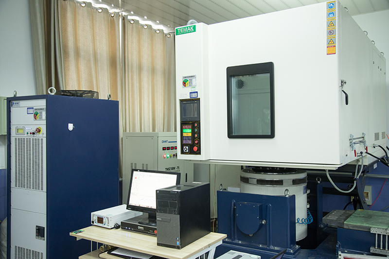 three comprehensive vibration test chamber