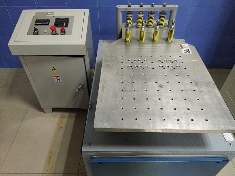 Testing equipment-SAEJ575 shaking table
