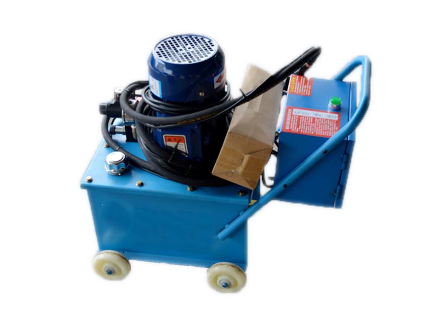角鋼法蘭液壓鉚釘機