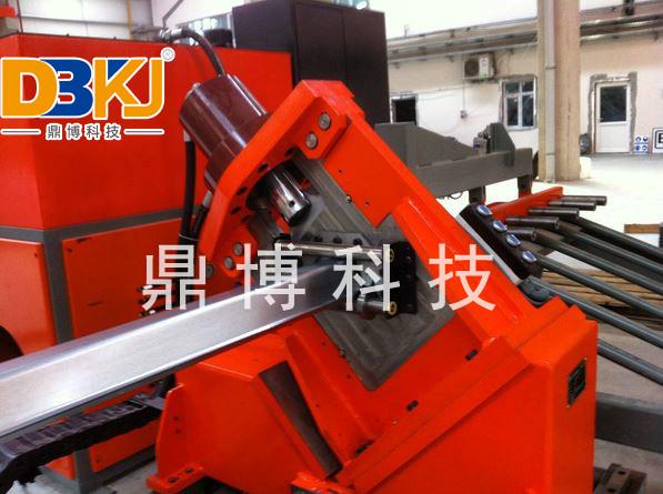 鋼板倉立柱設備
