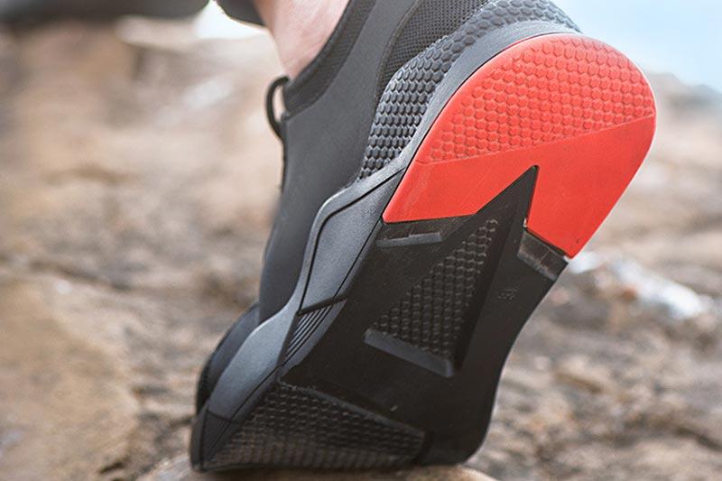 挑選安全鞋就要選擇合腳舒適的安全鞋產品