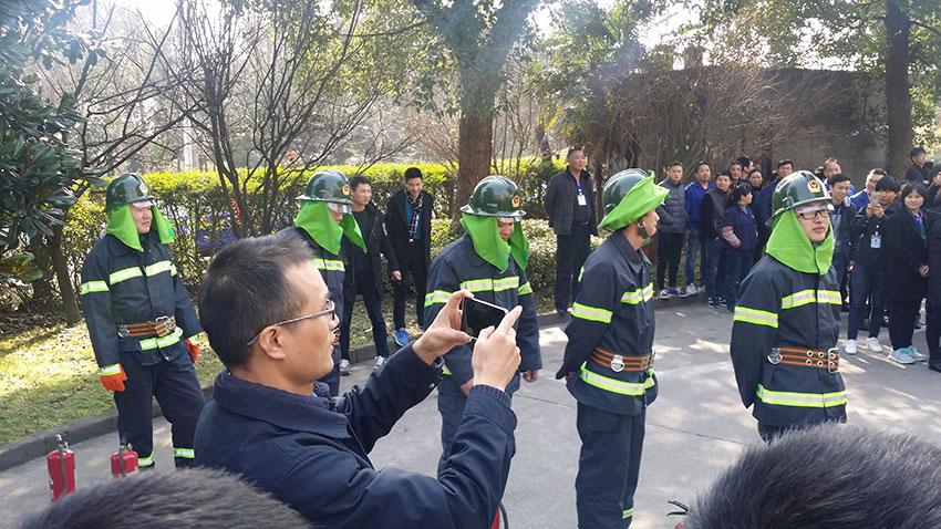 杭州滬寧組織開展消防演練活動