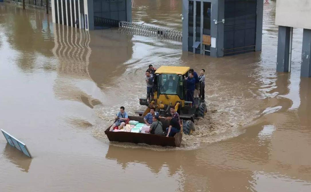 """暴雨让智慧城市""""宕机"""",问题何在?"""