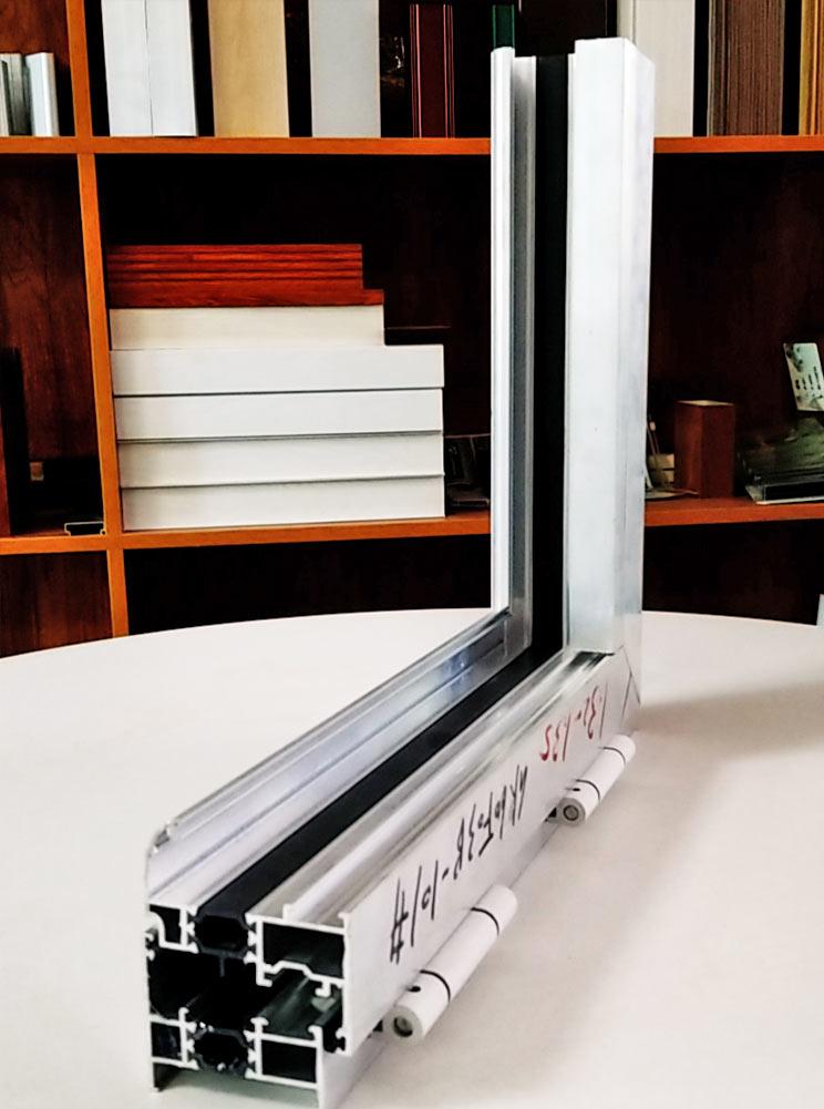 GR60A系列平開窗-鋁材廠家