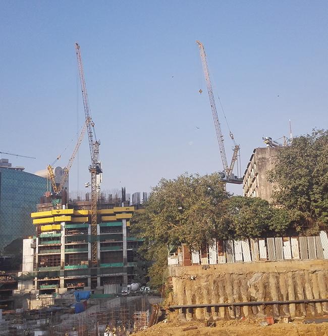 GL25/30在印度孟買