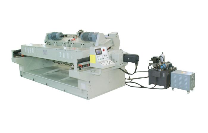 SL2600/5B  數控無卡軸旋切機