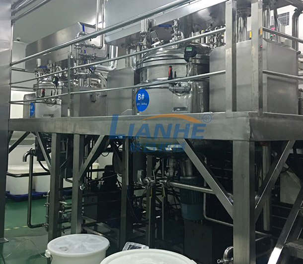 【Guangzhou Lianhe Machinery】 Customer, a large-scale cosmetics group company mainly based on OEMODM, the overall engineering plan of cosmetics production equipment (vacuum emulsifier, stainless steel stirring pot).