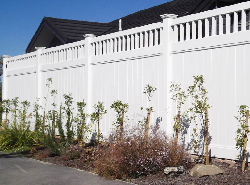 Privacy Fence with Picket Top