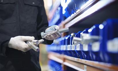 如何有效避免热镀锌螺栓出现生锈的现象