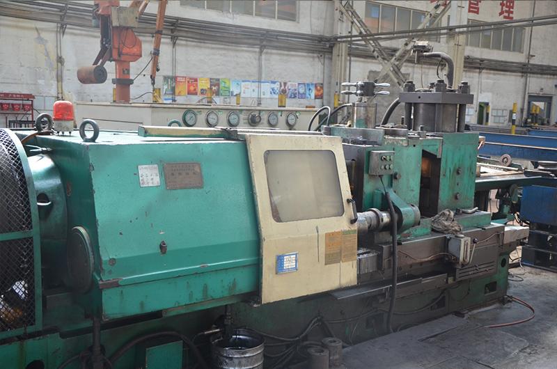 摩擦焊接設備