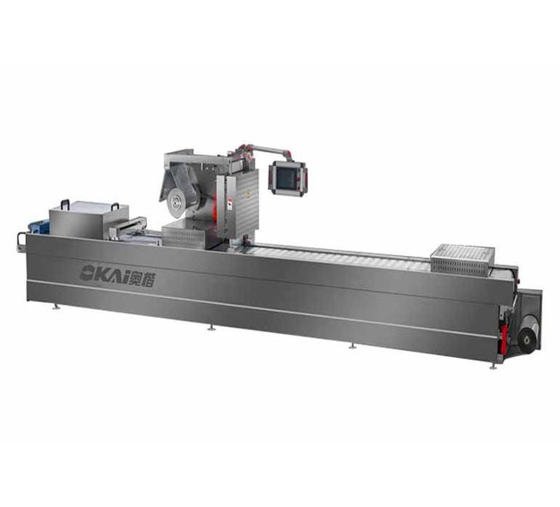 香肠自动供料线AKLF500+真空拉伸膜包装机