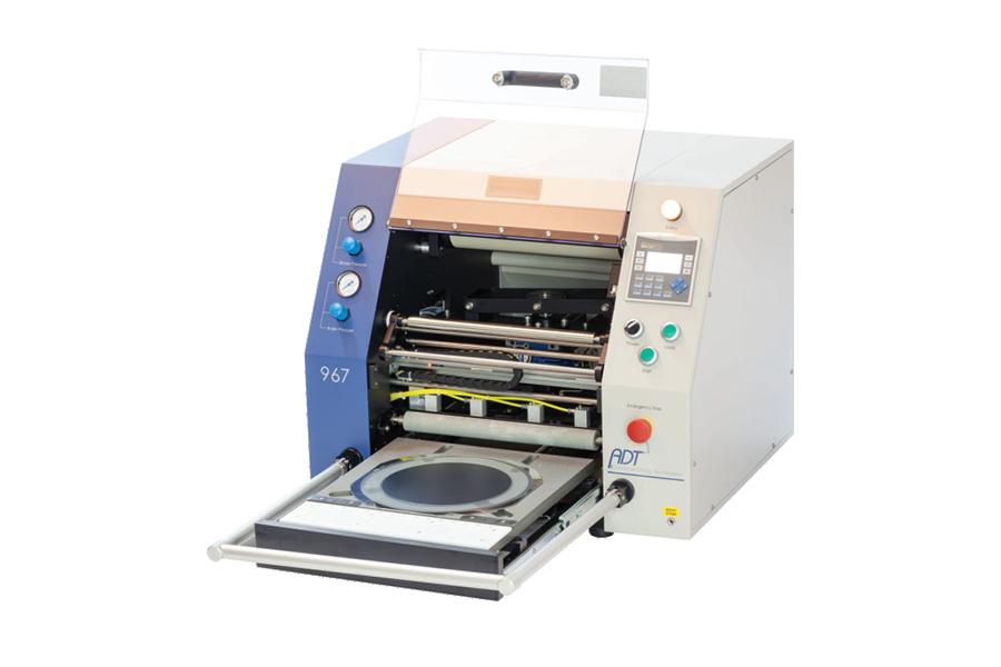 967-晶圓貼膜機