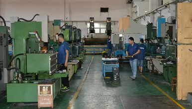 The correct use and precautions of plastic mold casting