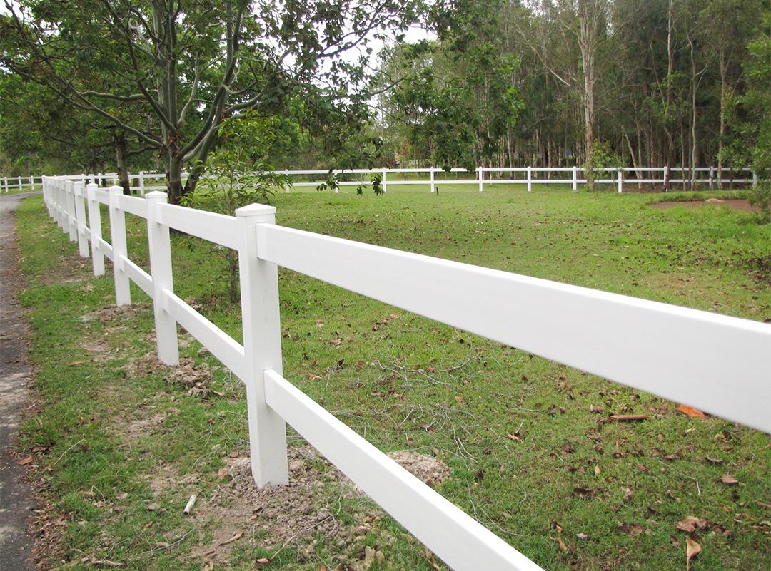 4-Rail Ranch Fence