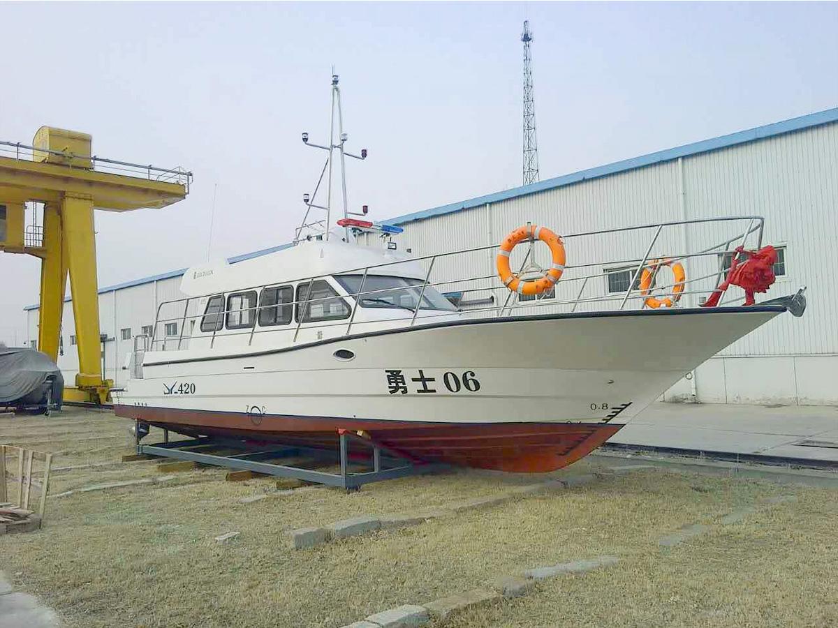 13米 豪華公務艇 JY420