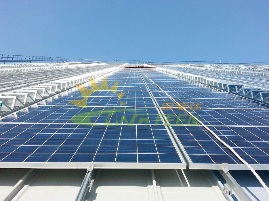 光伏發電鋁合金支架彩鋼瓦屋頂平鋪 韓國 1.68MW